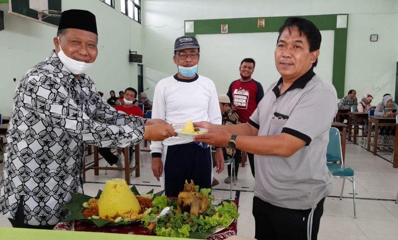 Photo of MAN 4 Sleman Gelar Do'a Bersama dan Tumpengan HSN