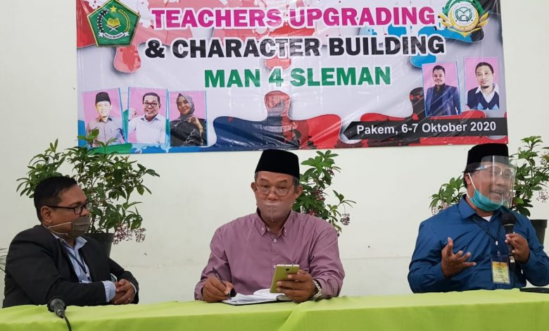 Photo of MAN 4 Sleman Gelar Teachers Upgrade & Character Building