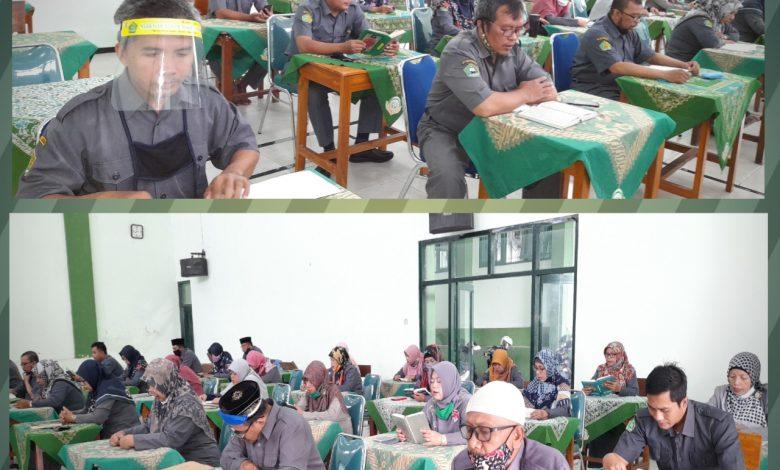 Photo of Peringati HGN MAN 4 Sleman Gelar Muqodaman Al-Qurán